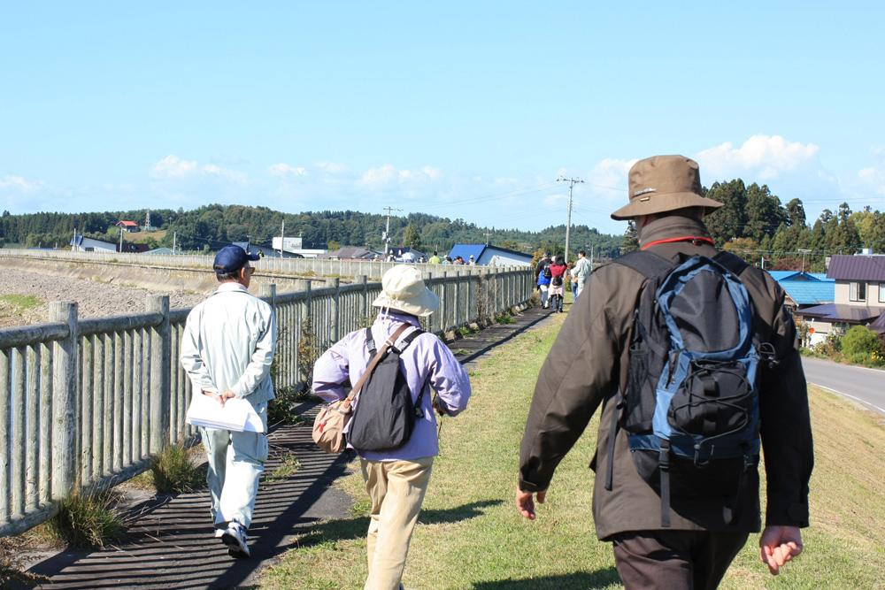 鶴舞之橋 搭乘巴士與步行前往