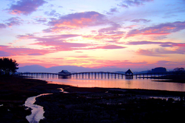 津輕富士見湖與鶴舞之橋