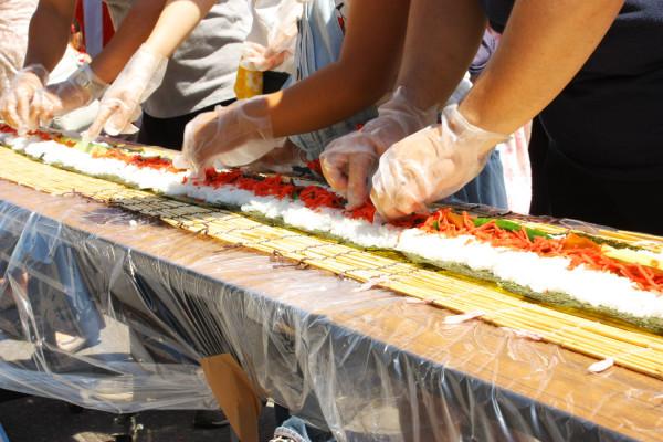 全長216m的龍捲壽司
